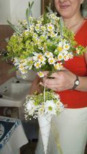 kytice nevěsty a ten košíček..