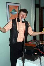 nas ujo DJ