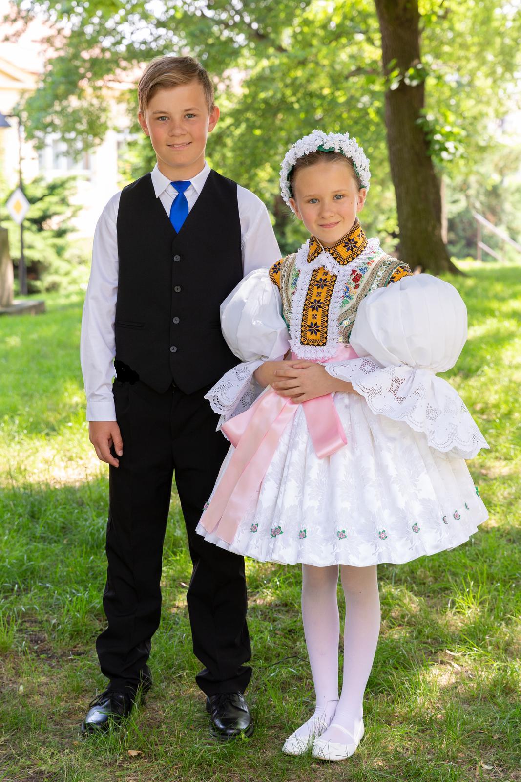 Dětské společenské oblečení - Obrázek č. 1