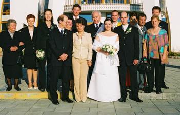 všetci - teda skoro všetci, nie je tam teta, babka a Tiborov druhý brat
