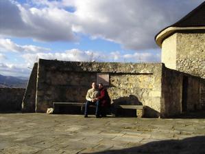 ešte jedna spoločná na hrade pri Studni lásky...:)