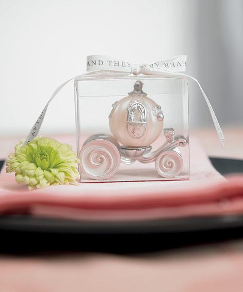 Janča a Jirka - přípravy na červenec 2012 - Originální svíčka, už je doma