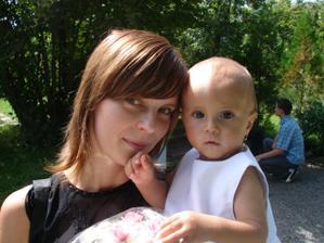 ja s dcerkou pred rokom na krstinach