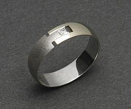 Vybírání prstenů nám dává hodně zabrat!!!!
