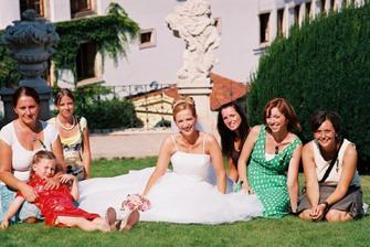 kamaradky a bajecne svatebni poradkyne