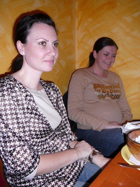 Monika a Milan - Vpredu Jajuš s (?), vzadu Lucka23  s malým Lukáškom