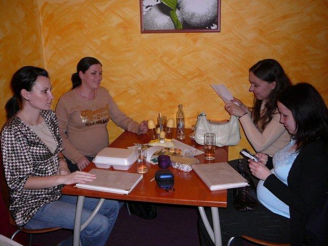 Monika a Milan - Síce malá účasť na stretku, ale hlavne, že sme sa zišli..