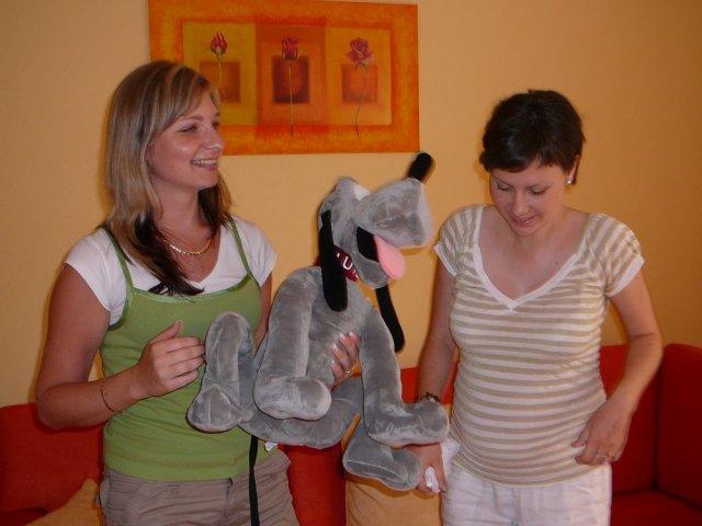 Monika a Milan - Iwuška a Jajuš s darčekom pre malého Lukáška