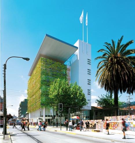 """Zelene fasady - Zelená """"koža"""" od Enrique Browna na admin. budove Concepcion, Chile. Nie je priamo na fasáde, ale na drevenej konštrukcii"""