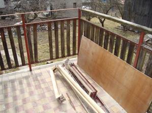 niečo ako balkón - terasa