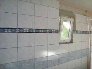 kúpeľňa je už skoro obložená