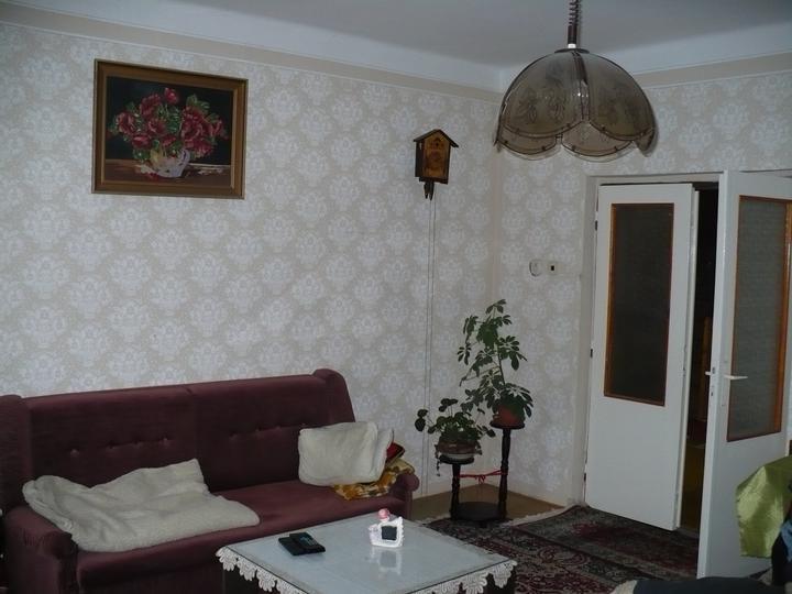 Pôvodný stav jún 2010 - obývačka