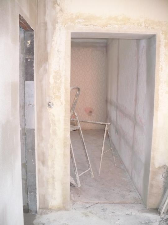 Premeny - vľavo horná kúpeľňa, rovno spálňa