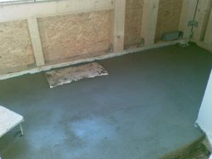 podlaha vyliata