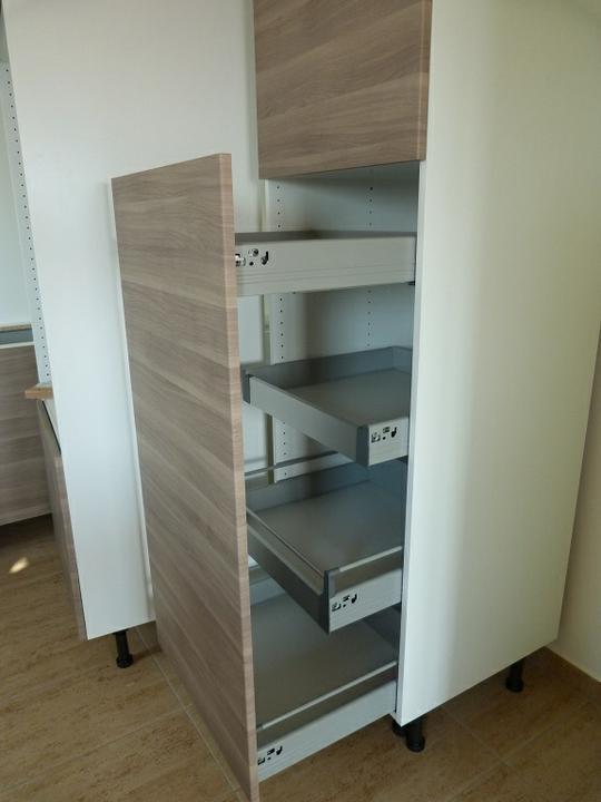 Myslím si... aneb inspirace pro naše bydlení - potravinová skříň (nejsem si jistá, jestli to není foto někoho z alba, případně smažu)