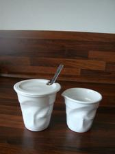 Nová cukřenka a nádoba na mlíčko