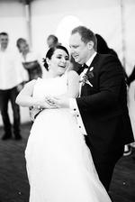 Po večerech jsme pilovali náš novomanželský tanec a bylo to obrovské překvapení pro všechny ;-)