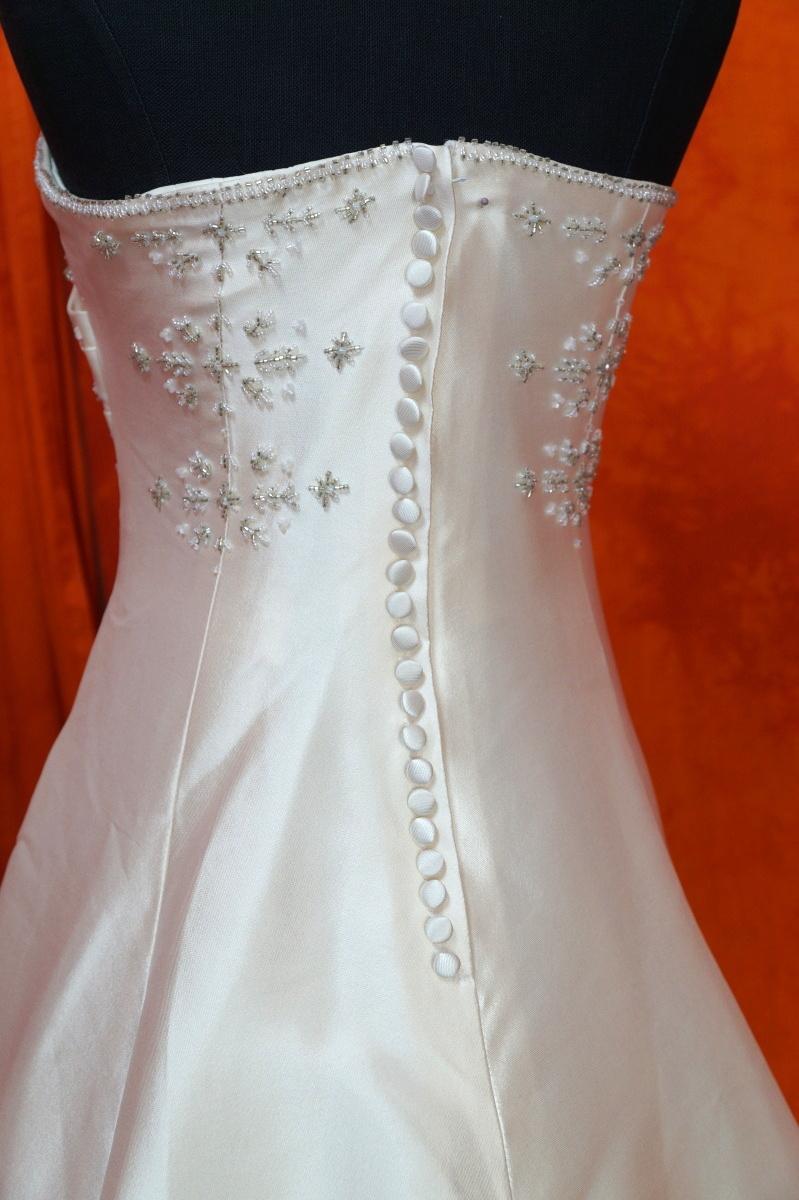 Ivory šaty vel. 36 - Obrázek č. 2