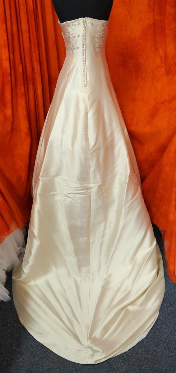 Ivory šaty vel. 36 - Obrázek č. 4