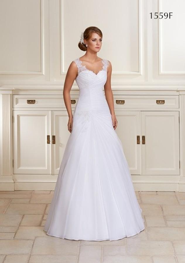 Přijďte si vyzkoušet nové modely svatebních šatů - Obrázek č. 1