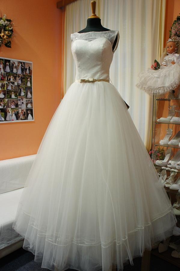 Nové šaty na prodej - Obrázek č. 3