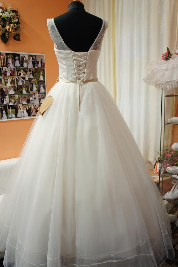 Nové šaty na prodej - Obrázek č. 5