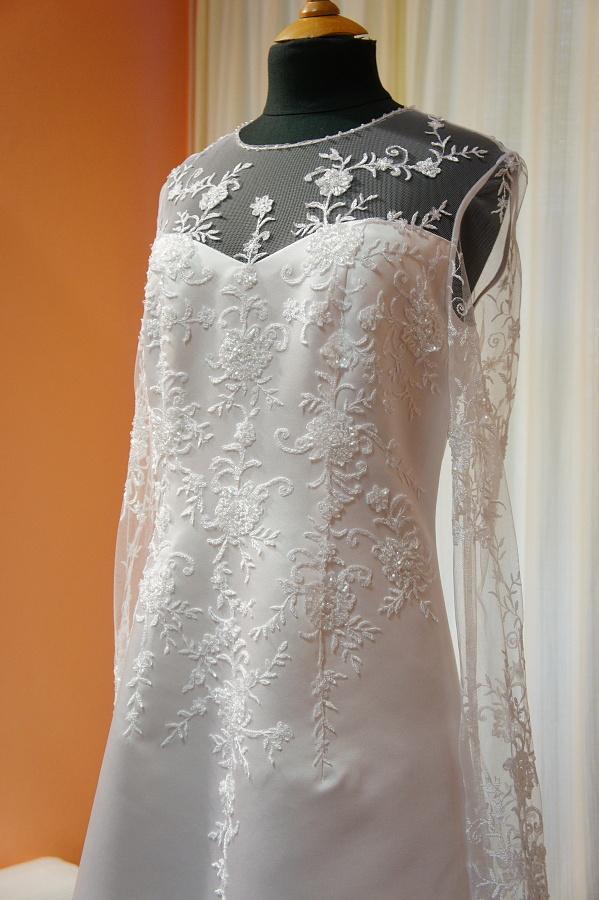 Netradiční svatební šaty na prodej - Obrázek č. 2