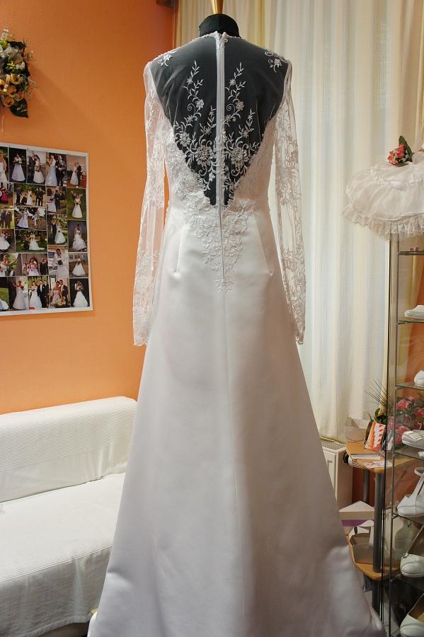 Netradiční svatební šaty na prodej - Obrázek č. 4