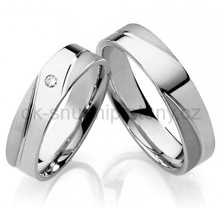 Nové modely snubních prstenů z chirurgické oceli, přijďte si je vyzkoušet. - Obrázek č. 2