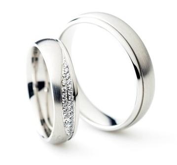 Nové modely snubních prstenů z chirurgické oceli, přijďte si je vyzkoušet. - Obrázek č. 4