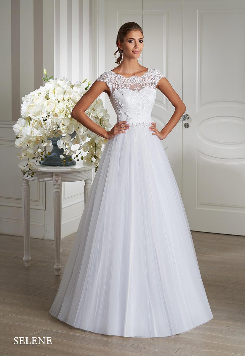 Nádherné šaty Emmi Mariage jsou již k dispozici našim nevěstám :-) - Obrázek č. 2