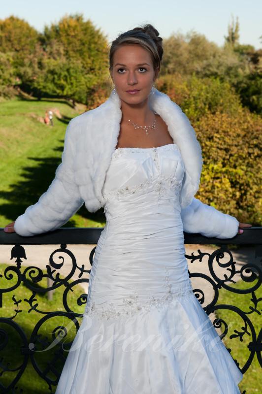 Výprodej svatebních šatů od 1500 Kč - Obrázek č. 5