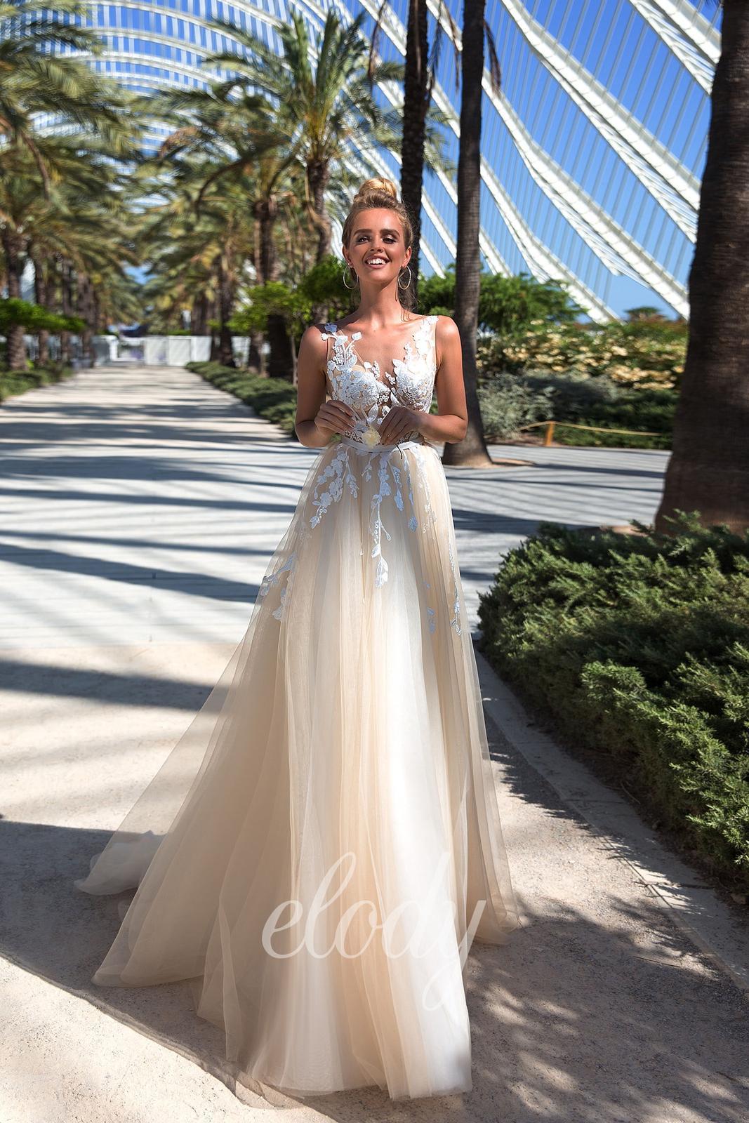 Ruční čištění svatebních šatů - Obrázek č. 3
