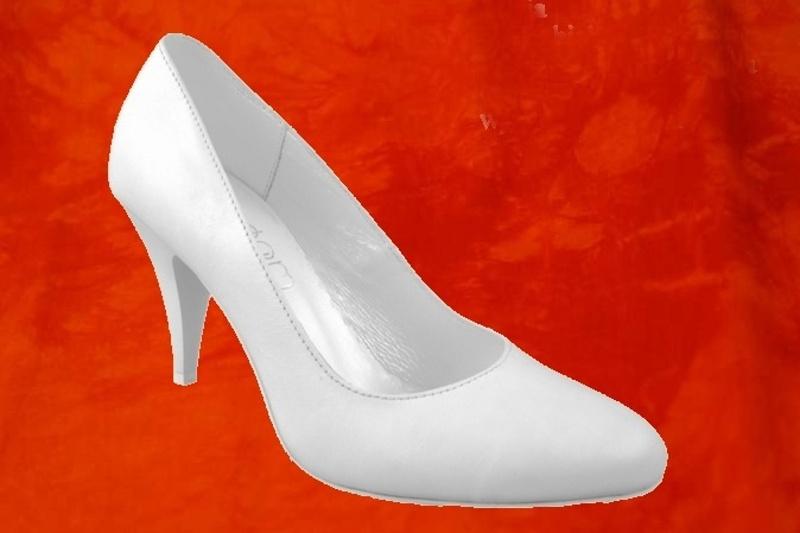 ea8fab5ef2 Kde koupím svatební boty  - - Obuv