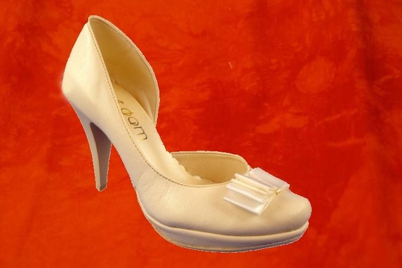 Svatební boty - Obrázek č. 2