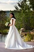 La Sposa, 34