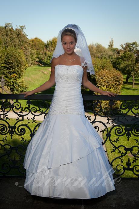 Svatební šaty ve vel.34 - Obrázek č. 1