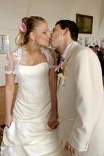 první manželská