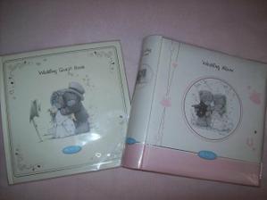 album a kniha hostů