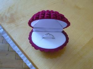 toto je můj zásnubní prstýnek