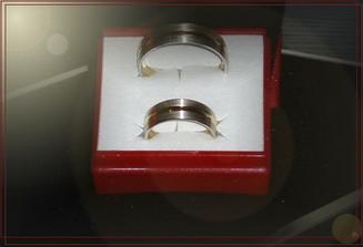 prsteny - blbá fotka- jediný co máme...