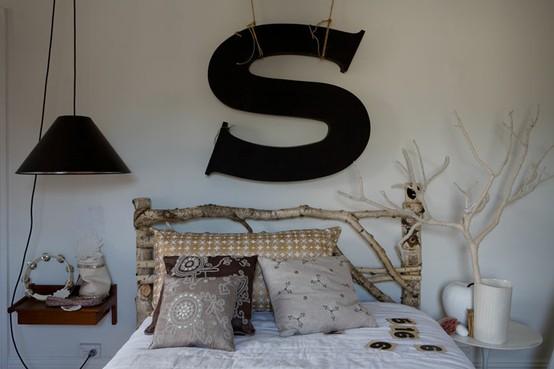 Snění o ležení - na ložnici trochu moc chaosu, ale líbí