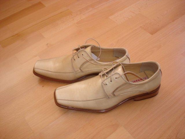 * - zenichove topanky k svadobnemu obleku