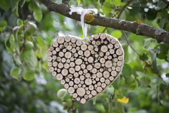 srdce z větviček