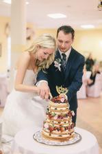 ...když jsem vybírala dort, nedošlo mi, že jsem si zvolila nejtěžší variantu na krájení :D