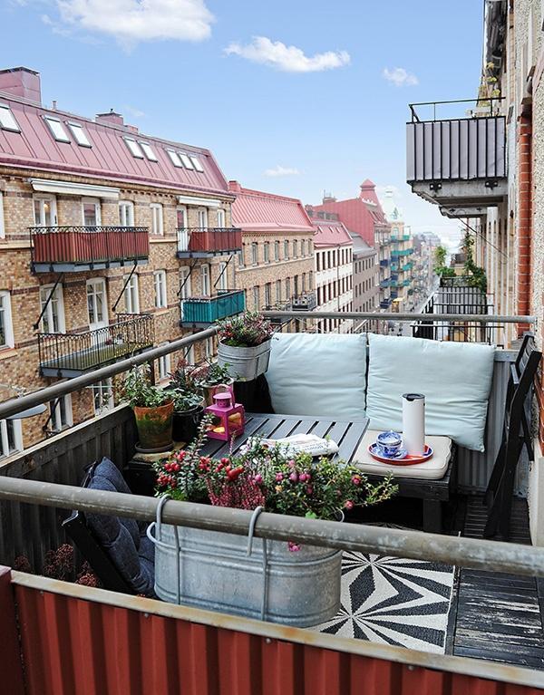Balkónovanie - Závesné plechové kvetináče