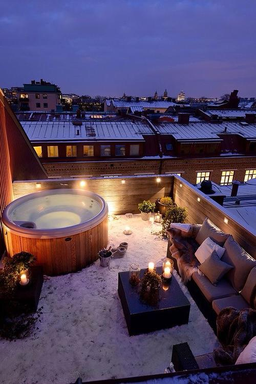 Balkónovanie - zohriať na terase sa dá aj v zime :)