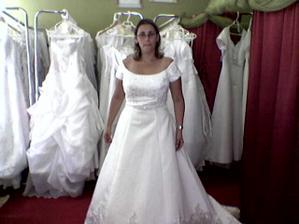 anketa šaty-1- srpen