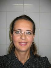 nové brýle a make-up na svatbu...fotila jsem se sama, tak to podle toho vypadá :-(