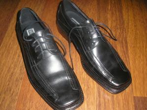 Davi boty